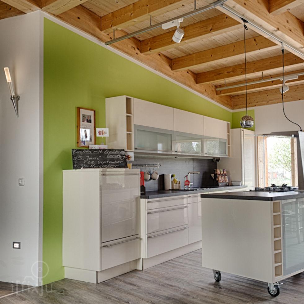 Küche und Veranda